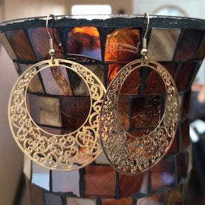 Jewelry - Gold Filagree Earrings